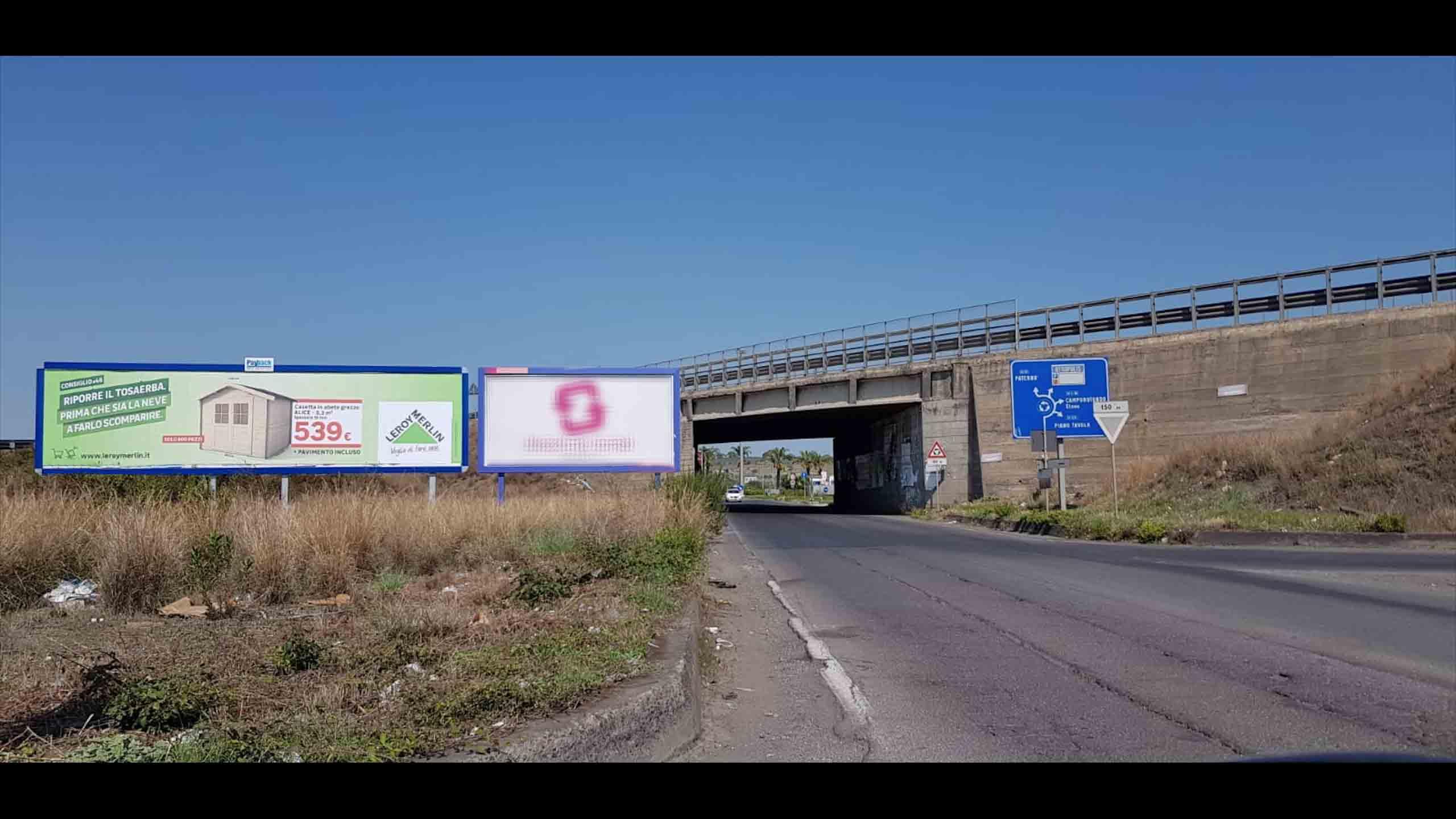 Uscita-Valcorrente-direzione-Centro-Commerciale-Etnapolis-Cartellone-pubblicitario-12x3-mt-Belpasso